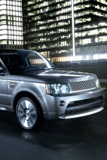 Range Rover Sport 2010 iPhone Wallpaper